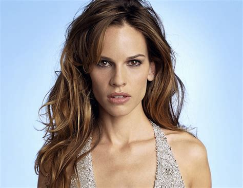 actress with oblong face and high forehead hilary swank movie casting extras in chicago