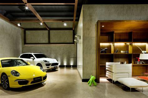 Showroom Eurobike Porsche / 1:1 arquitetura:design ArchDaily