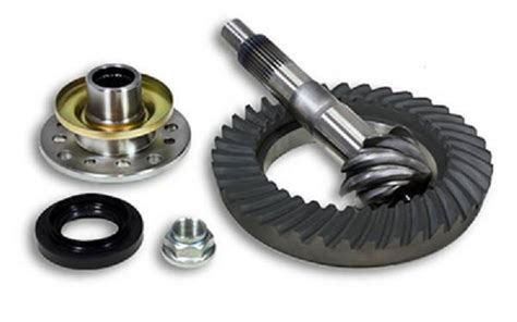 toyota 8 quot ring pinion gear set in a 5 29 ratio