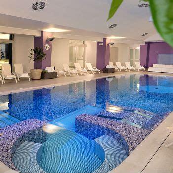 hotel cattolica con piscina interna hotel 4 stelle a rimini sul mare con piscina hotel touring
