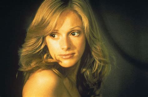 what is sondra locke s bra size sondra locke height weight age bio body stats net