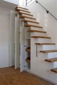 steile treppe umbauen 1000 ideen zu schrank unter der treppe auf