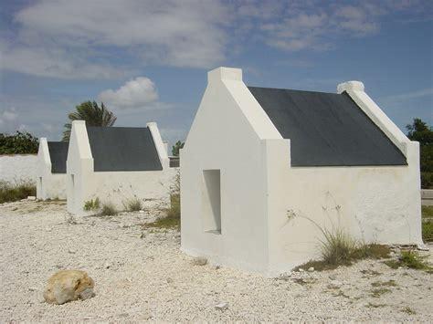 Tiki Hut Barbados Uncommon Attraction Bonaire Huts