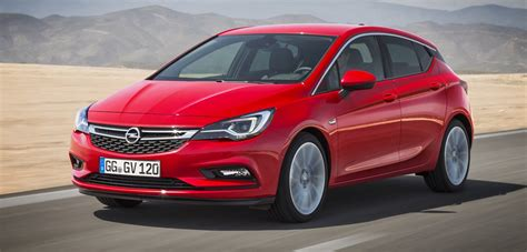 Opel Astra Review by Opel Astra Cdti 1 6 New Car Review