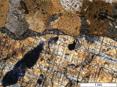 corundum in thin section how can i identify if the corundum is a thin section