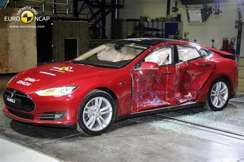 Tesla Model S Rating The Tesla Model S Is A 5