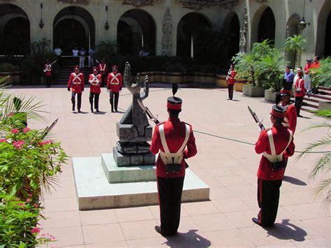 cultura de honor guatemala national palace guatemala city travel tour pictures photos images information