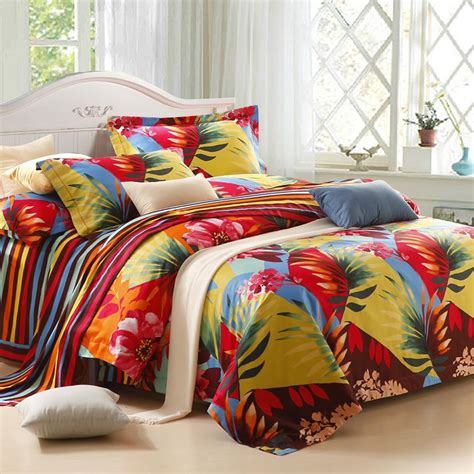 Hawaiian Bed Set Green Yellow And Tropical Hawaiian Themed Colorful Leaf Pattern With Stripe Print