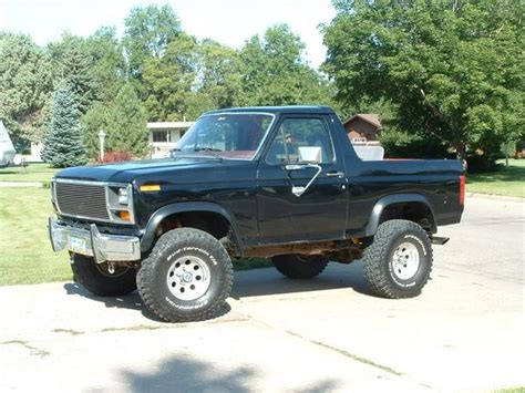 1982 Ford Bronco by 1982 Ford Bronco Weight