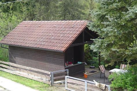 garten vermieten fr 228 nkische schweiz vermiete garten mit massivem holzhaus