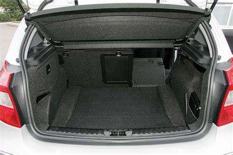 Bmw 1er E87 Kofferraum Maße subwoofereinbau im kofferraum bei bmw e87 120d