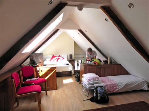how to decorate an attic bedroom small attic bedroom decorating attic bedroom design with