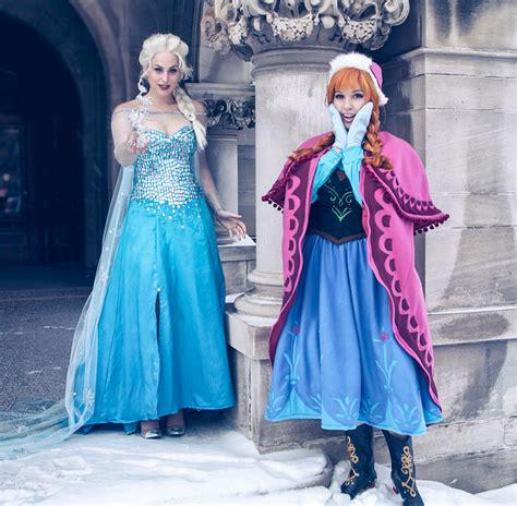 elsa film svenska la reine des neiges embrase le monde du cosplay techartgeek