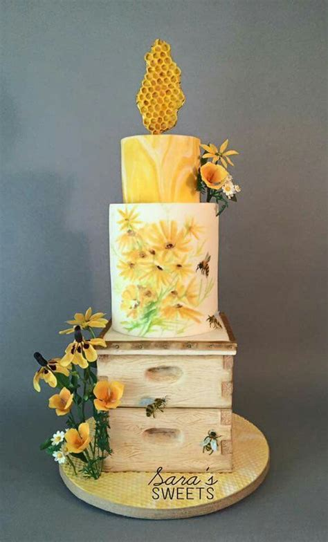 25 best ideas about bee hive cake on bee