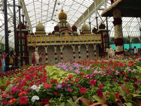 Lalbagh Botanical Garden Beuatiful Mysore Palace Made From Flowers Picture Of Lalbagh Botanical Garden Bengaluru