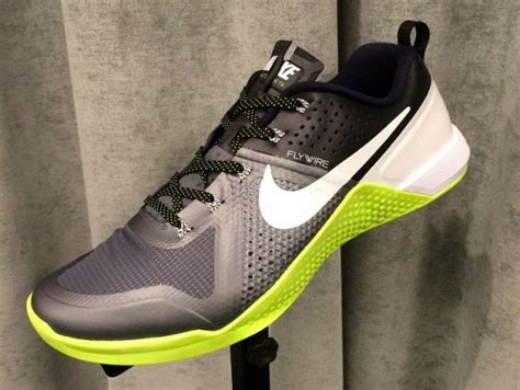 nike crossfit sneakers nike s answer to crossfit the metcon 1 weartesters