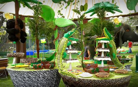 jungle theme birthday decoration ideas jungle theme birthday decorations fiestas
