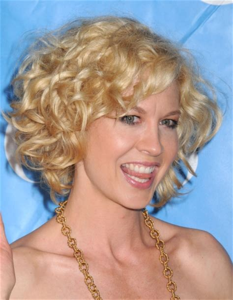 short blonde hairstyles curly short curly hair best hairstyles