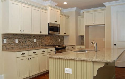 Antique White Kitchen Cabinets With Granite Countertops White Kitchen Cabinets With Granite Countertops