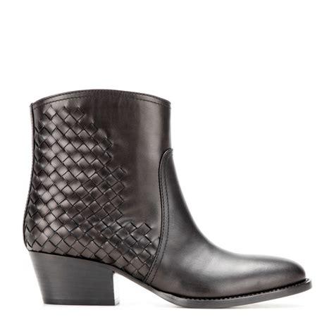 Bottega Venetas Intrecciato Woven Leather Boots by Lyst Bottega Veneta Intrecciato Leather Ankle Boots In Brown
