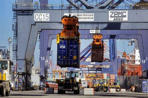 layout pelabuhan niaga angkutan laut otoritas pelabuhan awasi beleid jaminan