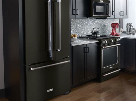 Matte Appliances | look at these beautiful matte black major appliances