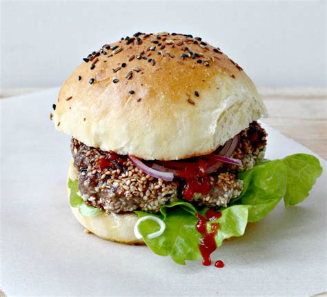 Beef Patties Burger Endura 1kg milk and honey sesame beef burgers