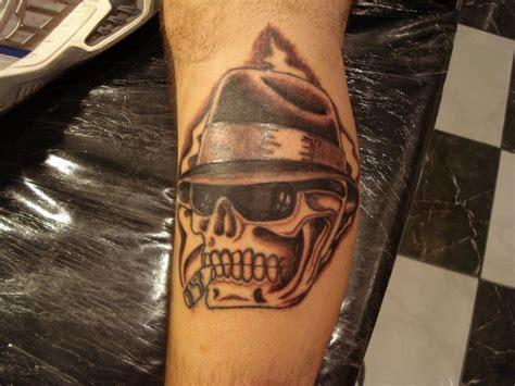 caveira walk tattoo