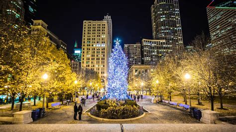 family holiday and christmas events in chicago 2017 axs