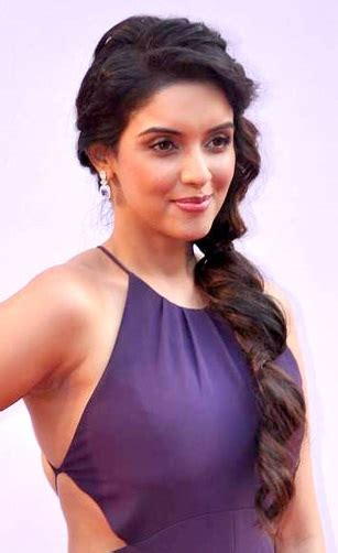 actress name of ghajini movie asin wikipedia