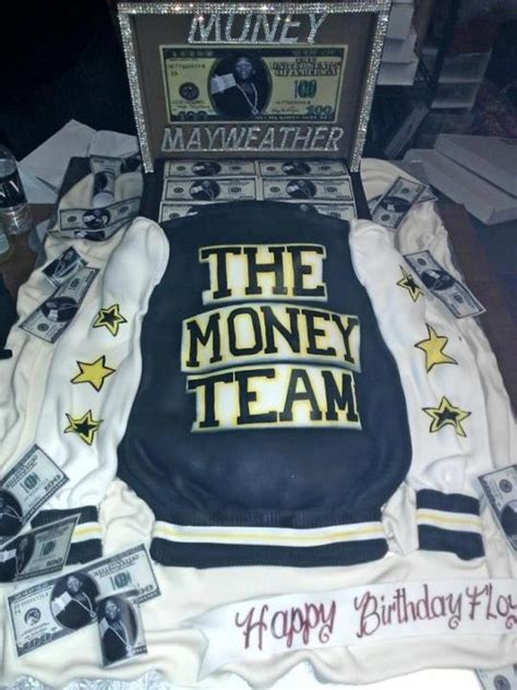 floyd mayweather money bag ridiculousness floyd mayweather jr keeps his money in one bank account