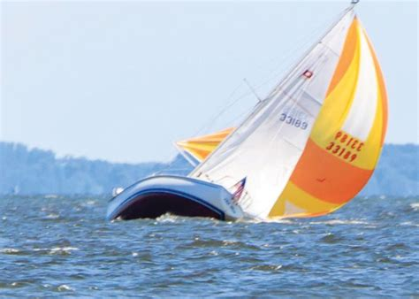 sailing boat knockdown shorthanded sailing coaching program