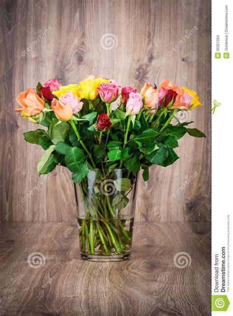 fiori nel vaso mazzo di fiori nel vaso fotografia stock immagine 50321394