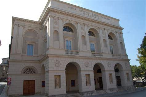 popolare spoleto roma spoleto al teatro nuovo in scena quot la verit 224 vi prego