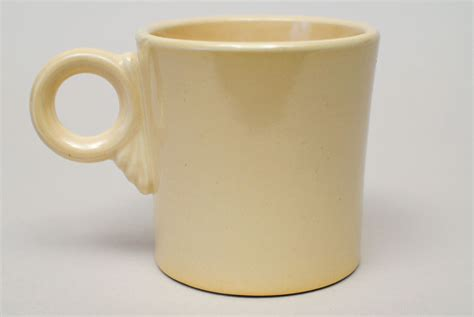 vintage fiesta pottery tom and jerry coffee mug in vintage fiesta tom and jerry mug original ivory fiestware