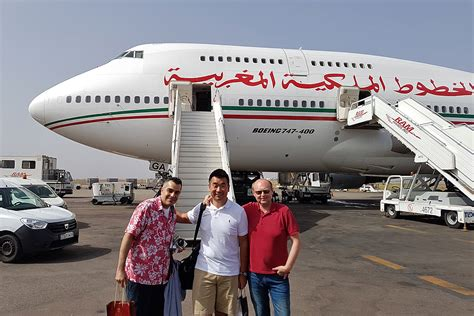 emirates indonesia jakarta office review royal air maroc business class b747 400 montreal