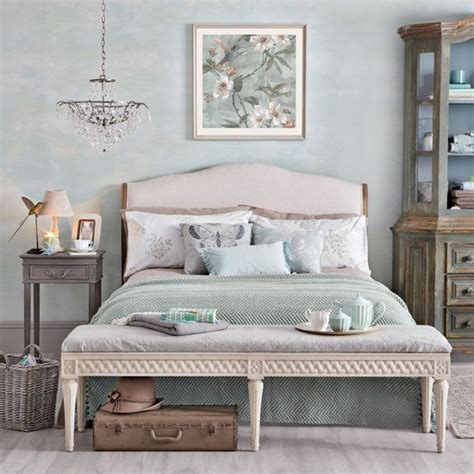 Duck egg and pink bedroom   Duck egg blue bedroom ideas