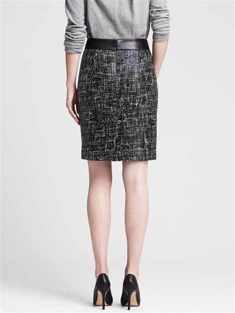 banana republic black coated tweed pencil skirt lyst