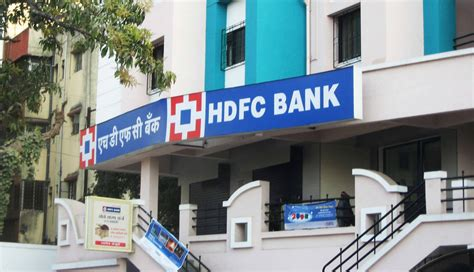 Hdfc Bank Help Desk by Hdfc Bank Icici Bank Charge Rs 150 After Four