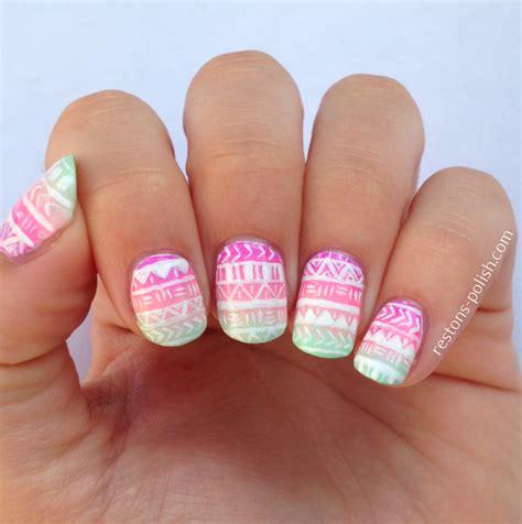 aztec pattern nail art nail art aztec et colle pour peel off restons polish