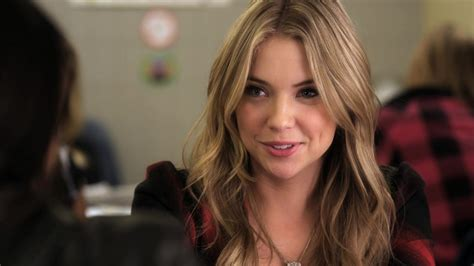 natalie brown fordham 22 signs you re the hanna marin of your friend group her