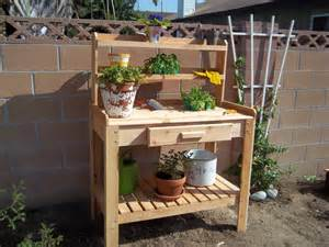 Planting Table Appealing Lower Shelf For Simple Wooden Planting Table
