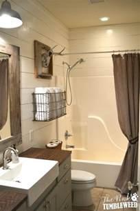 Rustic Farmhouse Bathroom Ideas Hative Rustic Modern Small Bathroom