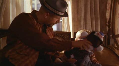 film mladenec na progulke младенец на прогулке или ползком от гангстеров 1994