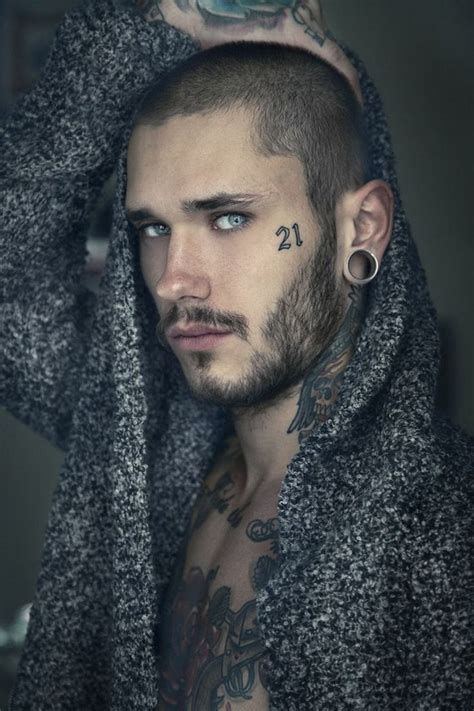 sexy male tattoos models with tattoos images