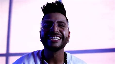sukhe latest images punjabi singer sukhe new hairstayal images downlord