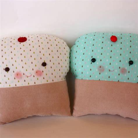Cupcake Pillow Pattern by Bit Of Whimsy Dolls Krista Cupcake Pdf Pattern