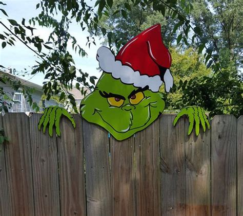 The Grinch Decorations For by Diy Grinch Crafts And Decorations Sponge