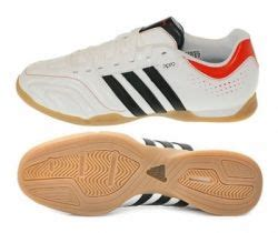 Sepatu Adidas Futsal Sport Football 1 1000 images about sports on football roberto