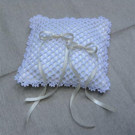 cuscino cuore uncinetto 83 cuscino portafedi uncinetto schemi cuscino portafedi